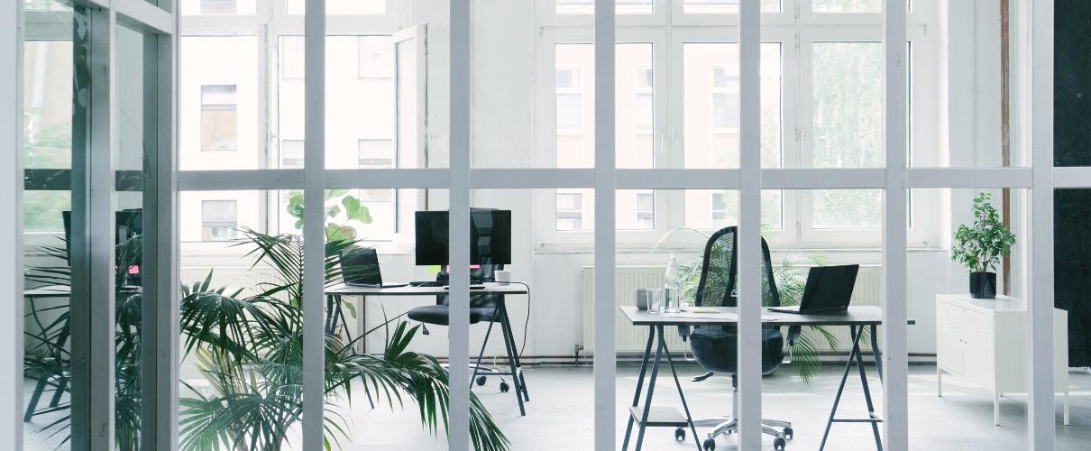 Jak urządzić biuro dla niewielkiej firmy?