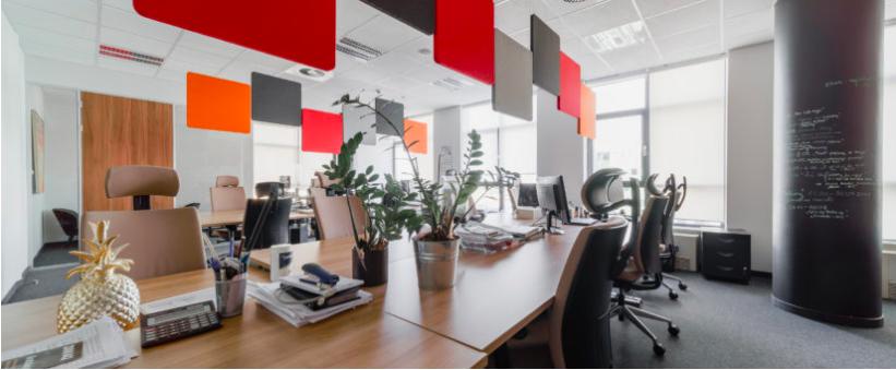 Lifting biura: inspiracja dostępnymi zasobami